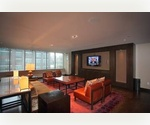 Long Island City: 1 Bed, 1 Bath on High Floor ~ Great Daylight and River Views! Pool, Gym, Sundeck. Easy Commute to Grand Central. No Broker Fee.